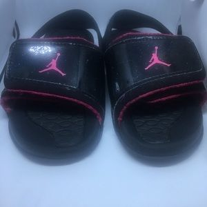 5b13af861392 Jordan Shoes - Jordan Hydro 2 Girls Black and Pink Sandals 10C